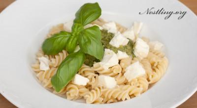 Basilikum -Pesto